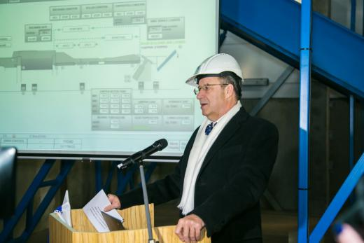 President Ilves delivering a speech before launching the Wood Processing Line with a mouse click (Photo: Tiit Mõtus)